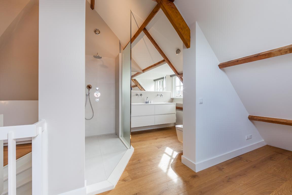 Design Badkamer Nijmegen : Kalque bna nijmegen badkamer inloop slaapkamer zolder u2013 kalque